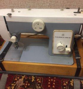 Швейная машинка (электрическая)