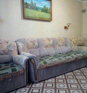 Мягкая мебель,диван с креслами