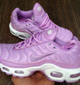 Кроссовки Nike TN+