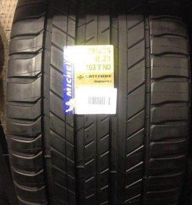 295/35 R21 Michelin Latitude Sport 3