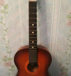 Гитара семиструнная цыганская
