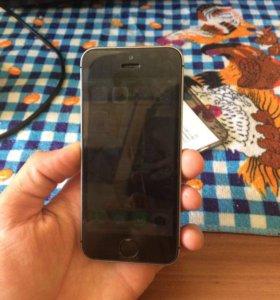 iPhone 5 SE на 16