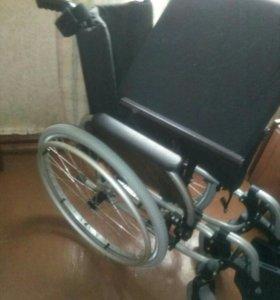 Продам кресло для инвалида,