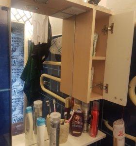 Полка с зеркалом в ванную