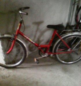 Велосипед-красный