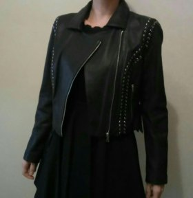 Новая кожаная куртка Bebe
