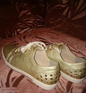 Обувь женская 40 размер