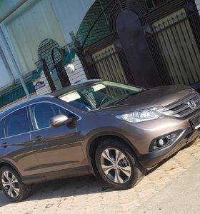 Продается Honda CRV 2013 года.