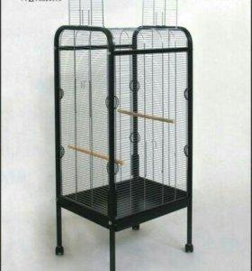 Большая клетка для птиц б/у.