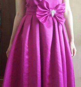Платье жен. 44 разм