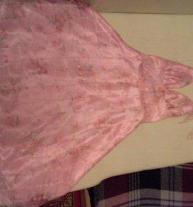 Платье размер 42,