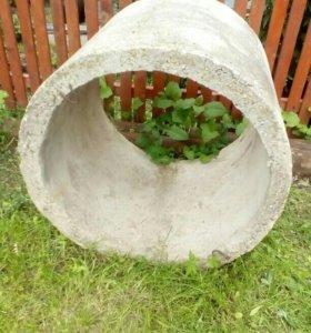 Кольцо бетонное.