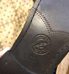 Мужские туфли Hudson.