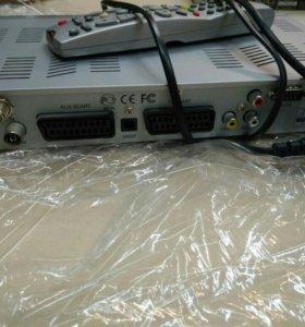 Спутниковый ресивер DRS-5001