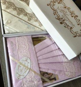 Комплекты постельного белья на подарок