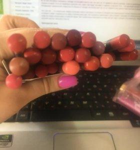 Карандаши для губ MAC