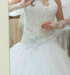 Свадебное платье 42-44(S)