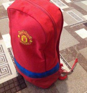 Продам рюкзак ADIDAS Manchester united (оригинал)