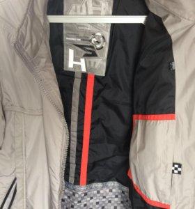Продам мужскую куртку)вещь фирменная