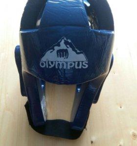 Защитный шлем для спортивных единоборств