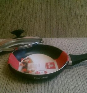 Сковорода Rondell 570 infinity с крышкой (новая)