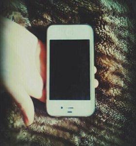 Продаю айфон 4