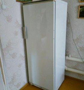 Холодильник Стинол 205 в хорошем состоянии.