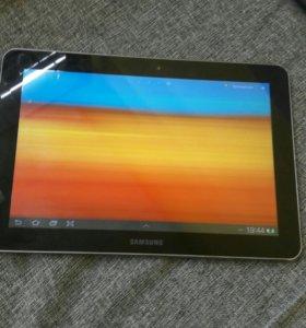 Планшет Samsung P7500