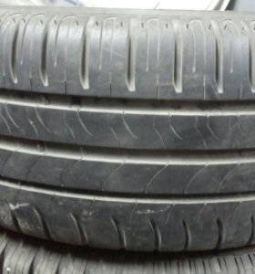 Одна шина Michelin 215/55 r16