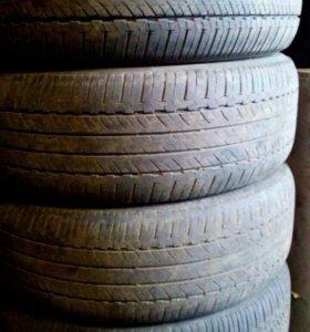 Шины летние Bridgestone комплект