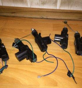 Электрозамки Passat b3