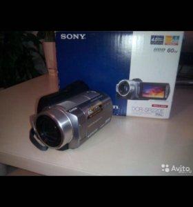 Sony DCR-SR220E 60GB (в идеале)