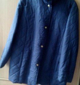 Продам куртку темно синего цвета,48-52 ветровку.