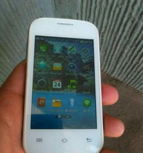 Телефон FLy E 158