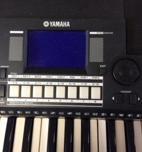 Синтезатор YAMAHA psr-S550