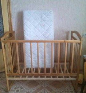 Детская кроватка (маятник и качалка)+матрац