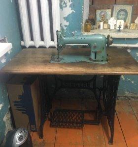 Швейная машинка -зингер