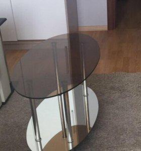 Журнальный столик стеклянно-зеркальный