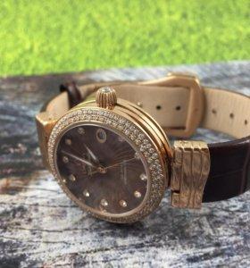 Новые женские часы omaga