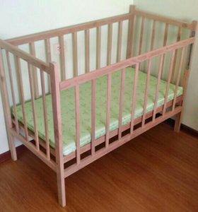 Детская кроватка с матрасиком посуточно на прокат