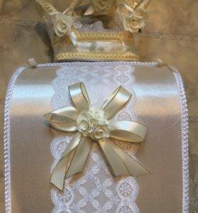 Сундук для сбора денег и открыток на свадьбу