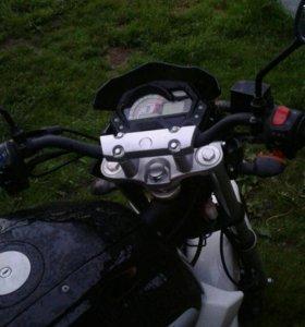 Продам мотоцикл рейсер нитро200рс