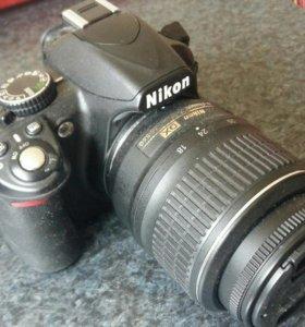 Зеркальный фотоаппарат Никон