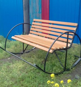 Продам скамейка качалка
