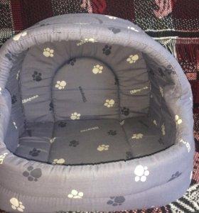 Лежанка-домик для собак или кошек