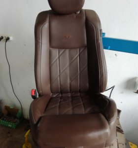 Водительское кресло от инфинити