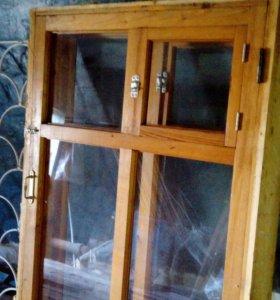 Окна деревянные с решётками (5 шт.)