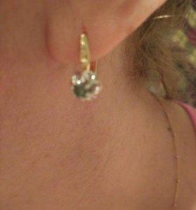 Золотые серьги с бриллиантами 0,4 кр