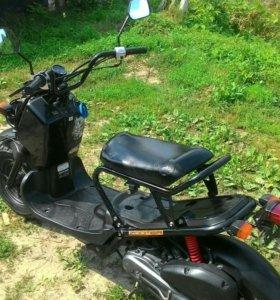 Скутер Honda Zoomer AF58