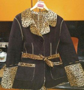 Ветровка ,куртка,леопард